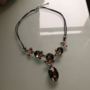 Fashion jewelry ( necklace )
